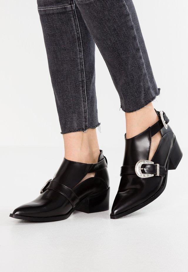ISABELLA - Ankle boots - black florentique