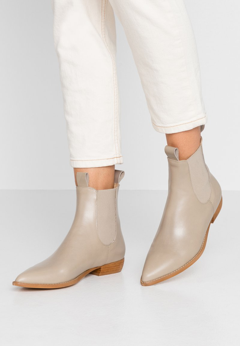 E8 BY MIISTA - CELINA - Classic ankle boots - taupe