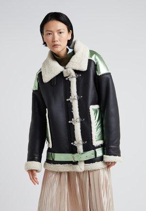 OVERSIZED MILITARY JACKET - Leather jacket - black/mint