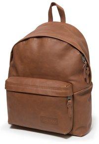 Eastpak - PADDED PAK'R/LEATHER - Rucksack - brownie leather - 3