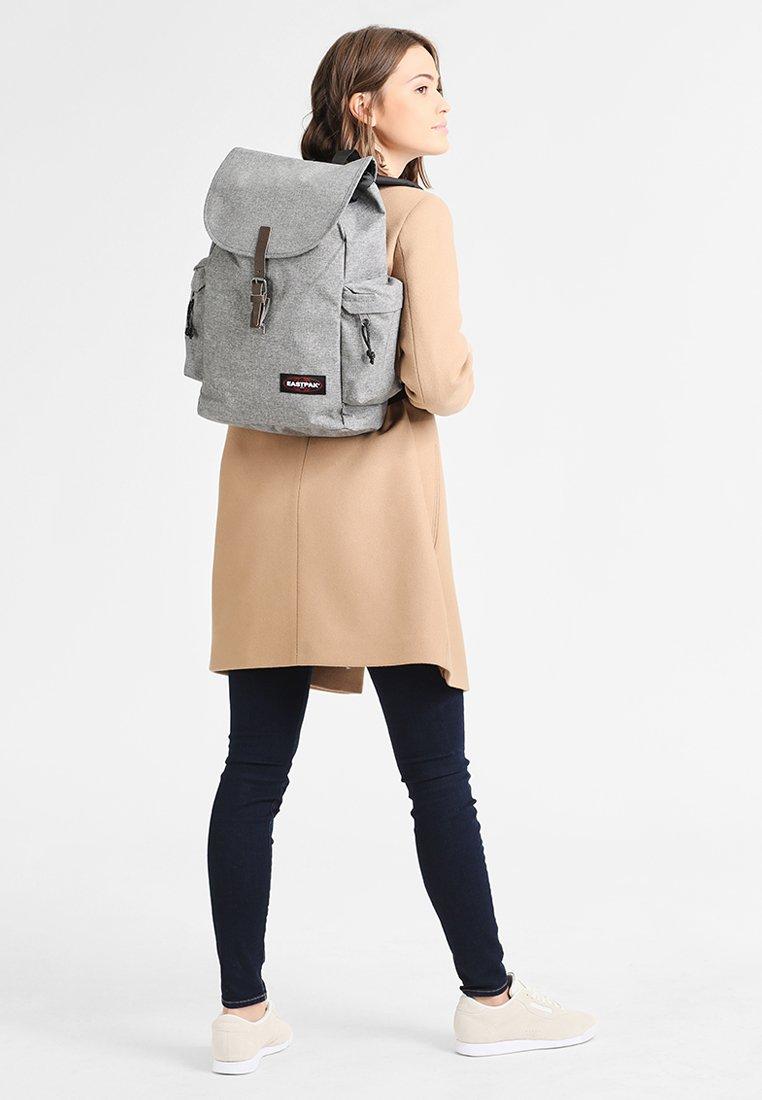 Eastpak - AUSTIN/CORE COLORS - Plecak - sunday grey