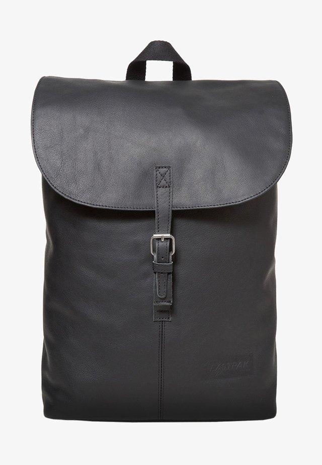 CIERA/CORE COLORS - Reppu - black ink leather