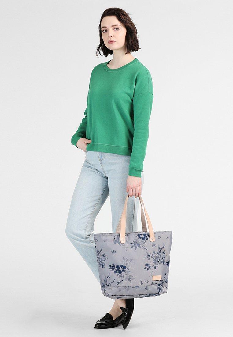 Eastpak - FLASK SUPERB  - Shopping bag - kimonavy