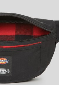 Eastpak - DICKIES X EASTPARK/CONTEMPORARY - Sac banane - black - 2