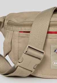 Eastpak - DICKIES X EASTPARK/CONTEMPORARY - Bum bag - dickies khaki - 3
