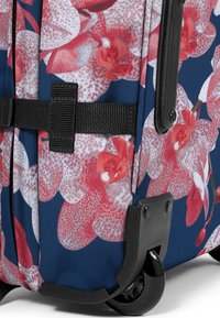 Eastpak - CHARMING GARDEN/AUTHENTIC - Valise à roulettes - charming pink - 3
