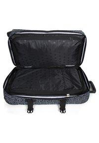 Eastpak - IBTWO X  - Wheeled suitcase - black - 3