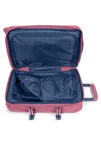 Eastpak - AUTHENTIC - Valise à roulettes - pink - 3