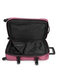 Eastpak - Valise à roulettes - salty pink - 3