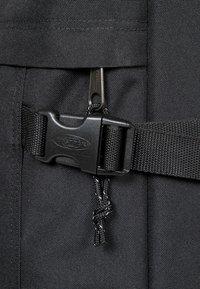 Eastpak - BOLD - Valise à roulettes - black - 6