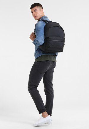 PADDED PAK'R/CONSTRUCTED - Rugzak - constructed black