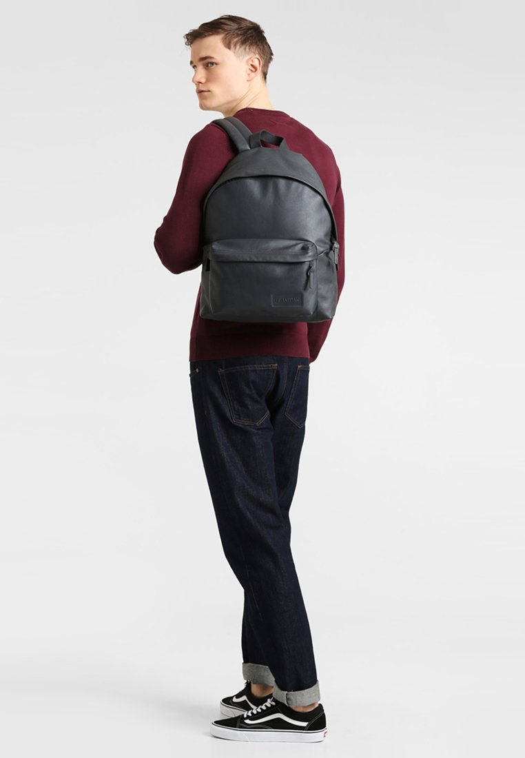 Eastpak - PADDED PAK'R  - Rygsække - steel leather