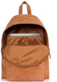 Eastpak - Reppu - ocher/ brown - 4