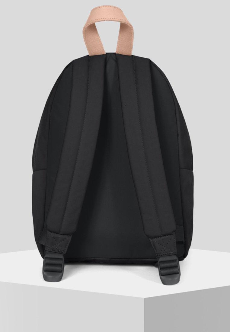 Supergrade Eastpak contemporaryZaino Eastpak Supergrade Black HE9YW2ID
