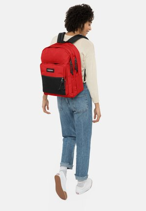 MAY SEASONAL COLORS/AUTHENTIC - Plecak - teasing red