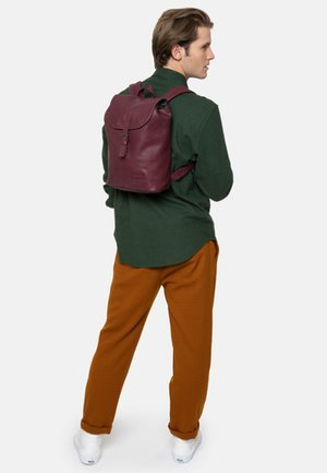 TRIBUT - Rucksack - red