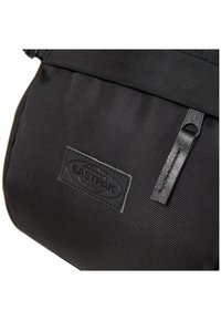 Eastpak - CORE SERIES  - Plecak - black - 5