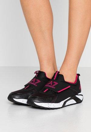 RACER - Sneakers basse - black