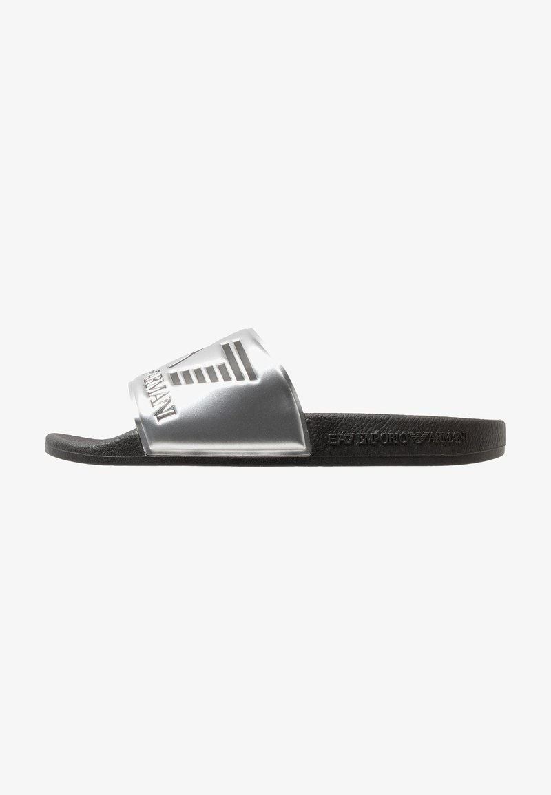 EA7 Emporio Armani - Pantolette flach - shiny silver/black