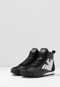 EA7 Emporio Armani - Höga sneakers - black - 2