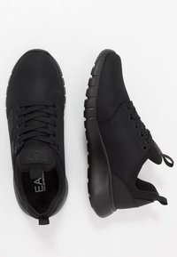 EA7 Emporio Armani - LACE UP  - Trainers - triple black - 1
