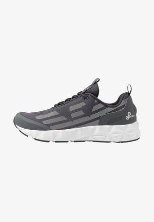 Sneakers laag - asphalt/silver