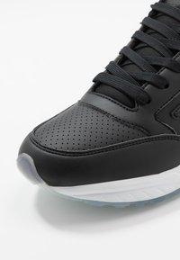 EA7 Emporio Armani - Sneakers - black solid - 5