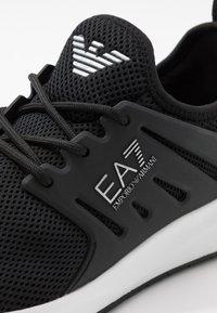 EA7 Emporio Armani - Zapatillas - black - 5