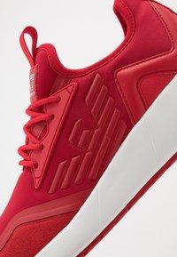 EA7 Emporio Armani - Sneakersy niskie - red - 5