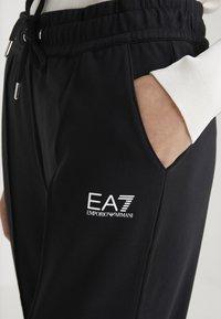 EA7 Emporio Armani - Træningsbukser - black - 5