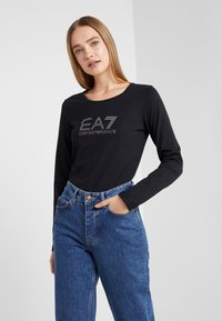 EA7 Emporio Armani - STUD  - Langærmede T-shirts - black - 0