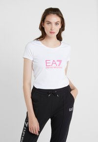 EA7 Emporio Armani - NATURAL VENTUS - Camiseta estampada - white / neon pink - 0