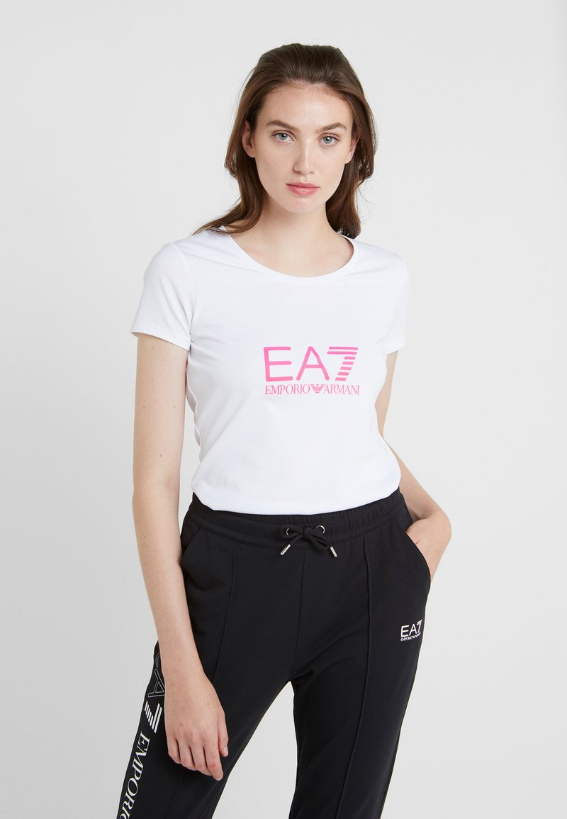 EA7 Emporio Armani - NATURAL VENTUS - Print T-shirt - white / neon pink