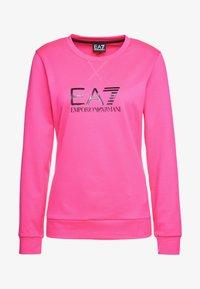 EA7 Emporio Armani - TRAIN LOGO SERIES - Sweatshirt - neon pink / black - 5