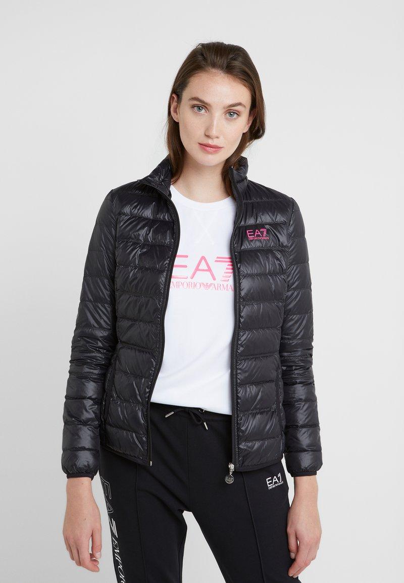 EA7 Emporio Armani - TRAIN CORE LADY - Doudoune - black / neon pink