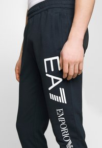 EA7 Emporio Armani - PANTALONI - Trainingsbroek - night blue - 3