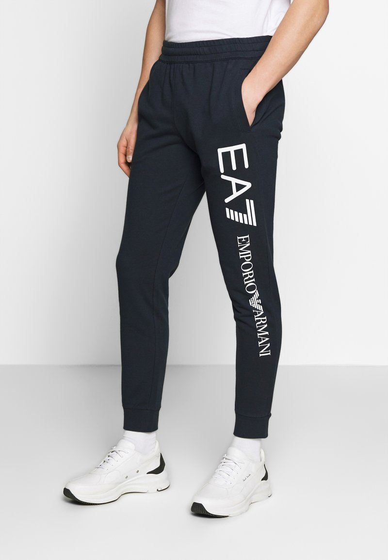 EA7 Emporio Armani - PANTALONI - Trainingsbroek - night blue