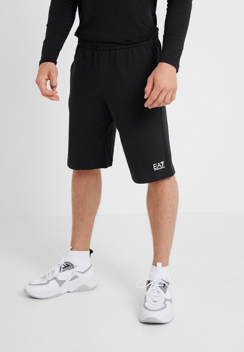 EA7 Emporio Armani - BERMUDA - Teplákové kalhoty - black