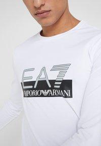 EA7 Emporio Armani - Topper langermet - white - 4