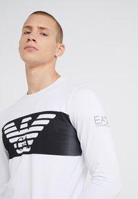 EA7 Emporio Armani - Pitkähihainen paita - white - 4