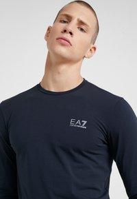 EA7 Emporio Armani - Camiseta de manga larga - navy - 4