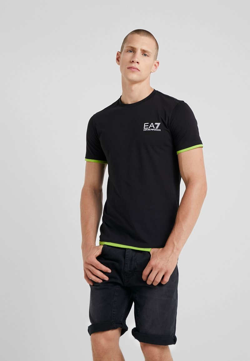 EA7 Emporio Armani - Camiseta estampada - black