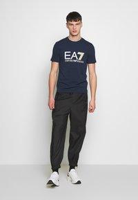 EA7 Emporio Armani - T-shirt print - navy blue - 1