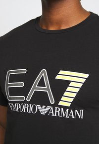 EA7 Emporio Armani - T-shirt print - black - 4
