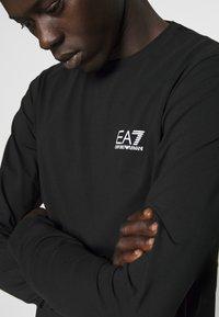 EA7 Emporio Armani - Maglietta a manica lunga - black - 3