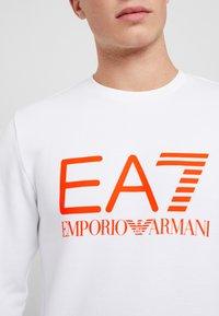 EA7 Emporio Armani - Sweatshirt - white/neon/orange - 5