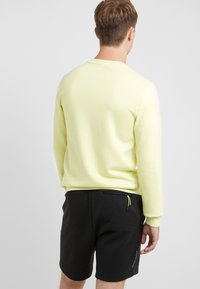 EA7 Emporio Armani - Sweatshirt - neon / yellow / black - 2
