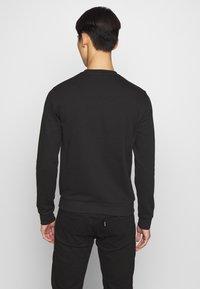 EA7 Emporio Armani - FELPA - Sweatshirt - black - 2