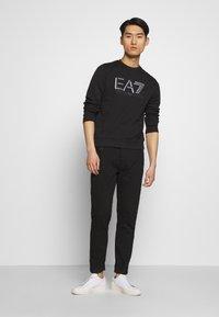 EA7 Emporio Armani - FELPA - Sweatshirt - black - 1