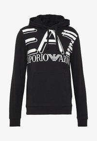EA7 Emporio Armani - HOODIE - Jersey con capucha - black - 4